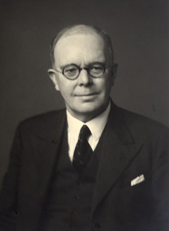 NPG x165379; Sir Cyril Lodowic Burt - Portrait - National ... Alec Guinness