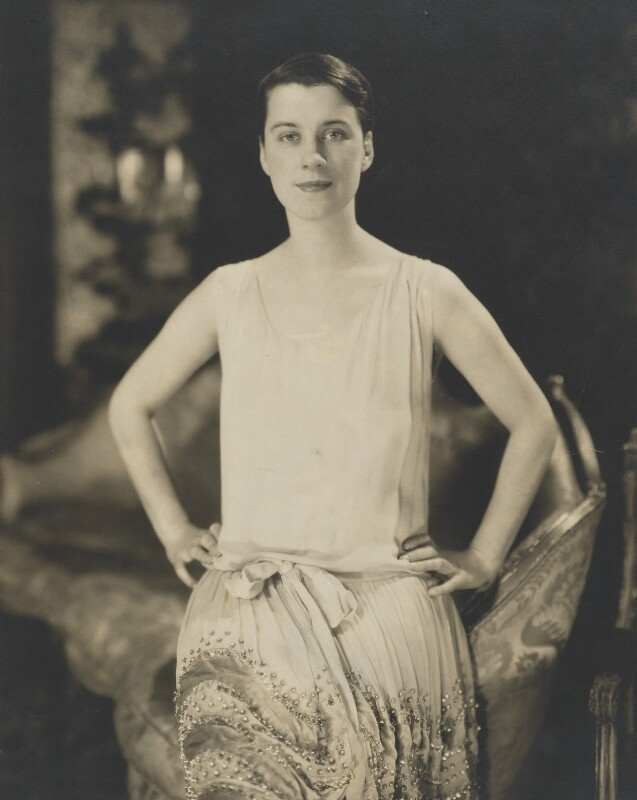 Beatrice Gladys Lillie (Lady Peel), by Edward Steichen, 1926 - NPG P882 - © The Estate of Edward Steichen/ARS, NY and DACS, London 2018
