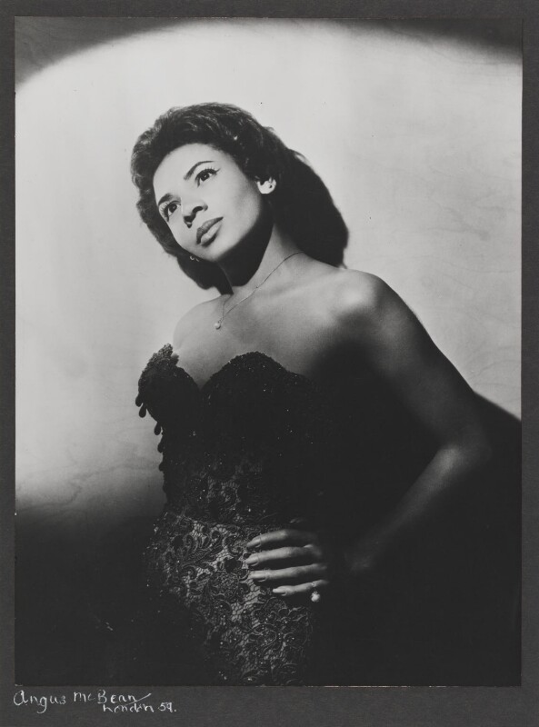 Shirley Bassey, by Angus McBean, 1959 - NPG P885 - Angus McBean Photograph. © Harvard Theatre Collection, Harvard University.