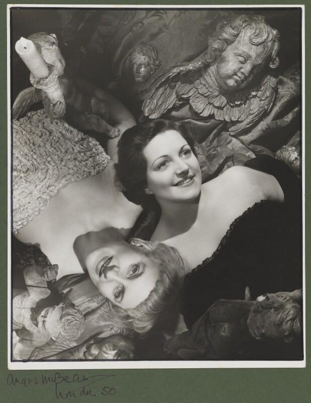 Hermione Ferdinanda Gingold; Hermione Baddeley, by Angus McBean, 1949 - NPG P896 - Angus McBean Photograph. © Harvard Theatre Collection, Harvard University.