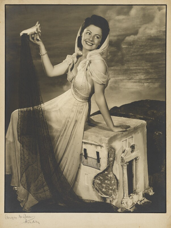 Margaret Lockwood, by Angus McBean, 1938 - NPG P923 - Angus McBean Photograph. © Harvard Theatre Collection, Harvard University.