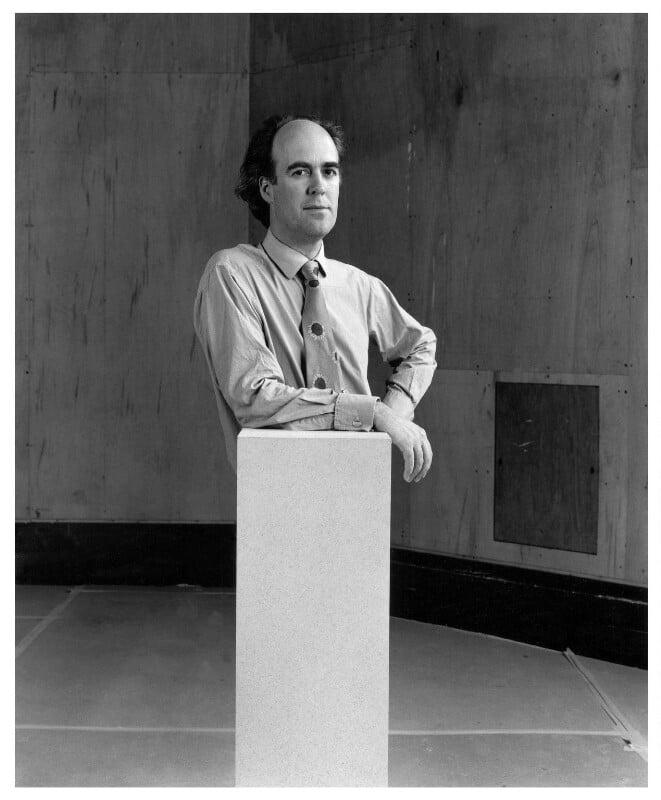Charles Robert Saumarez Smith, by Paul Tozer, 15 May 1996 - NPG x76911 - © Paul Tozer / National Portrait Gallery, London
