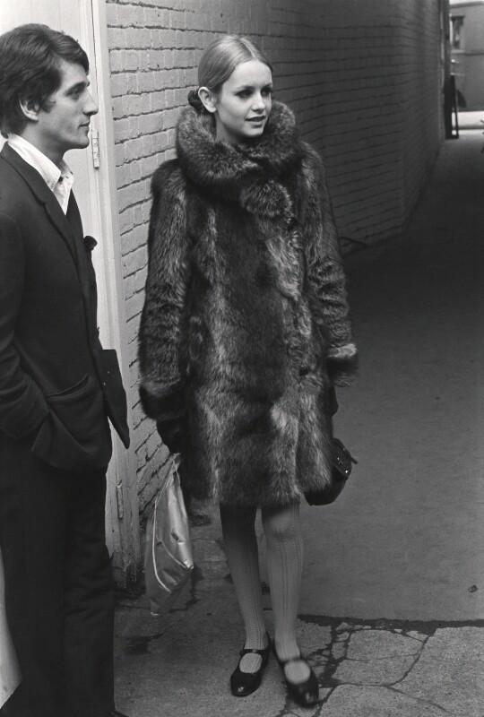 Justin de Villeneuve; Twiggy, by Lewis Morley, 1965 - NPG x38919 - © Lewis Morley Archive