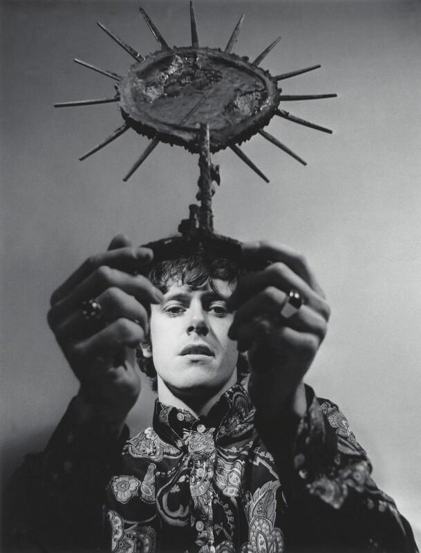 Donovan, by Lewis Morley, 1965 - NPG x125171 - © Lewis Morley Archive / National Portrait Gallery, London