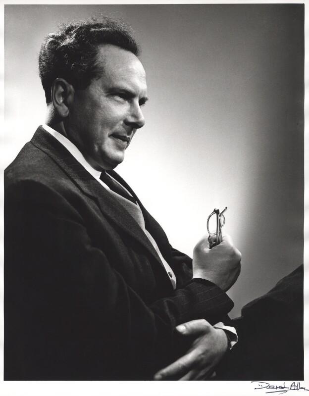 Harry Blech, by Derek Allen, 1954 - NPG x24102 - © Derek Allen / National Portrait Gallery, London