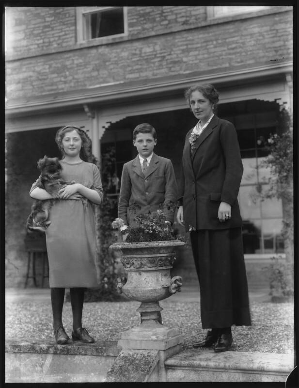 Phyllis Margaret Thorold (née Russell); Leopold Oliver Ampthill; Margaret (née Lygon), Lady Ampthill, by Bassano Ltd, August 1920 - NPG x75138 - © National Portrait Gallery, London