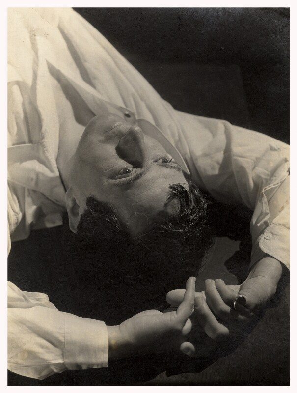 Edward Wolfe, by Humphrey Spender, 1936 - NPG x14269 - © National Portrait Gallery, London