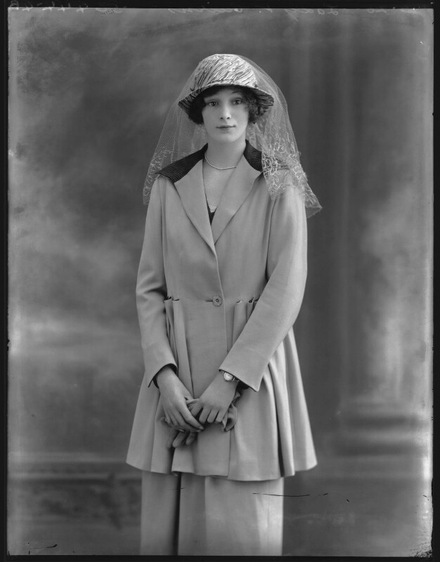 Lady Ursula Helen Abbey (née Cairns), by Bassano Ltd, 4 June 1920 - NPG x120644 - © National Portrait Gallery, London