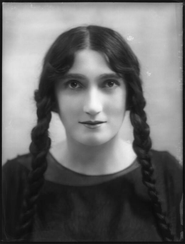 Lillah McCarthy, by Bassano Ltd, 1913 - NPG x101018 - © National Portrait Gallery, London
