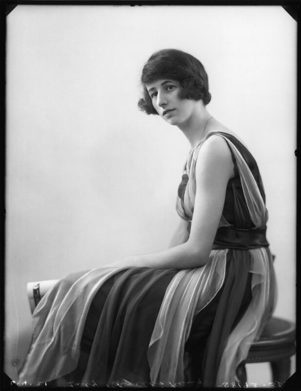 Lady Phyllis Edith Allen (née King), by Bassano Ltd, 6 April 1921 - NPG x120891 - © National Portrait Gallery, London