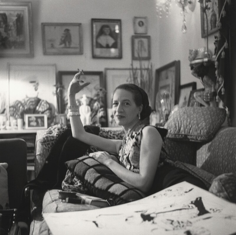 Diana Vreeland, by Cecil Beaton, 1954 - NPG x40394 - © Cecil Beaton Studio Archive, Sotheby's London