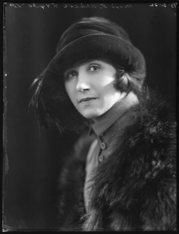 Elizabeth Arkell, by Bassano Ltd, 13 February 1922 - NPG x121315 - © National Portrait Gallery, London
