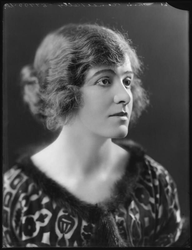 Renée Kelly, by Bassano Ltd, 2 October 1920 - NPG x101181 - © National Portrait Gallery, London