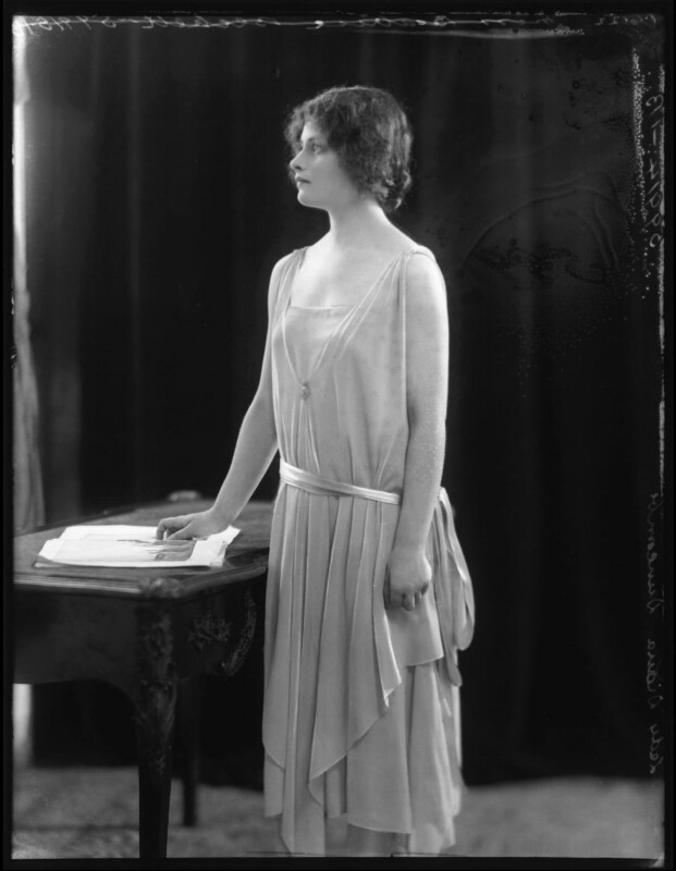 Lady (Mary) Diana Worthington (née Duncombe), by Bassano Ltd, 1 June 1922 - NPG x121613 - © National Portrait Gallery, London