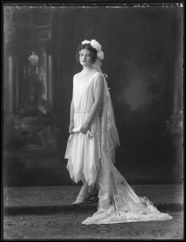 Lady (Mary) Diana Worthington (née Duncombe), by Bassano Ltd, 27 June 1922 - NPG x121617 - © National Portrait Gallery, London