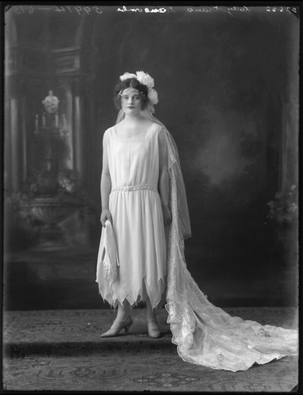 Lady (Mary) Diana Worthington (née Duncombe), by Bassano Ltd, 27 June 1922 - NPG x121618 - © National Portrait Gallery, London