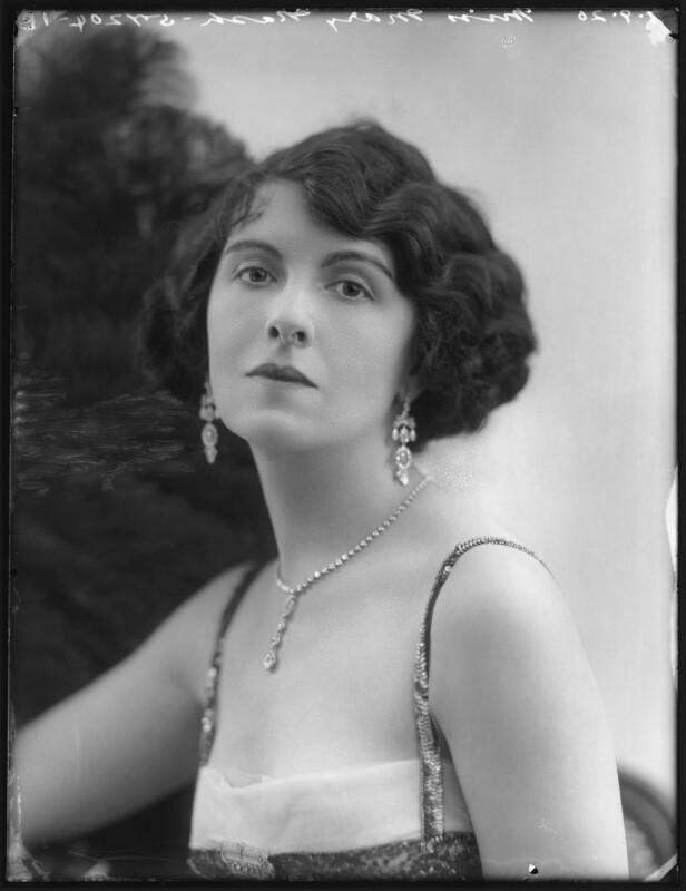 Mary Nash, by Bassano Ltd, 7 September 1920 - NPG x101317 - © National Portrait Gallery, London