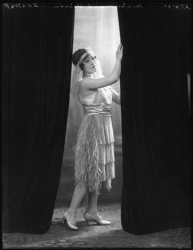Mona Vivian, by Bassano Ltd, 25 April 1921 - NPG x101335 - © National Portrait Gallery, London