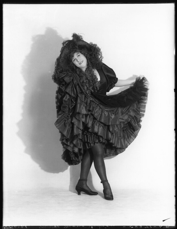 Mona Vivian, by Bassano Ltd, 25 April 1921 - NPG x101337 - © National Portrait Gallery, London