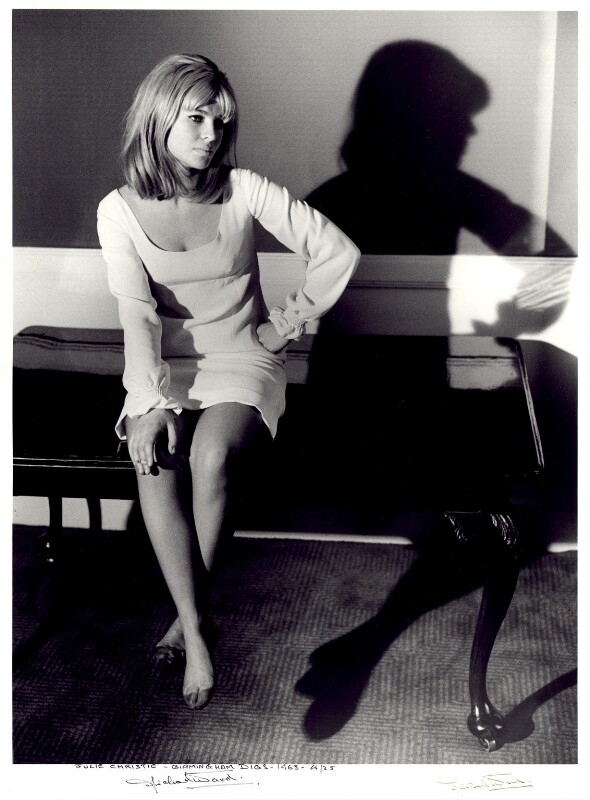 Julie Christie, by Michael Ward, 22 November 1963 - NPG x125694 - © Michael Ward Archives / National Portrait Gallery, London