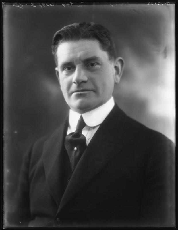 Maxwell Ruthven Thornton, by Bassano Ltd, 7 December 1922 - NPG x122120 - © National Portrait Gallery, London