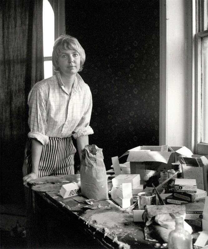 Sandra Blow, by Ida Kar, 1955 - NPG x125697 - © National Portrait Gallery, London