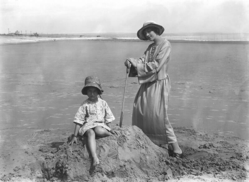 Athene Seyler with her daughter Jane Ann Jones (née Sterndale Bennett), by Bassano Ltd, 30 August 1922 - NPG x18811 - © National Portrait Gallery, London