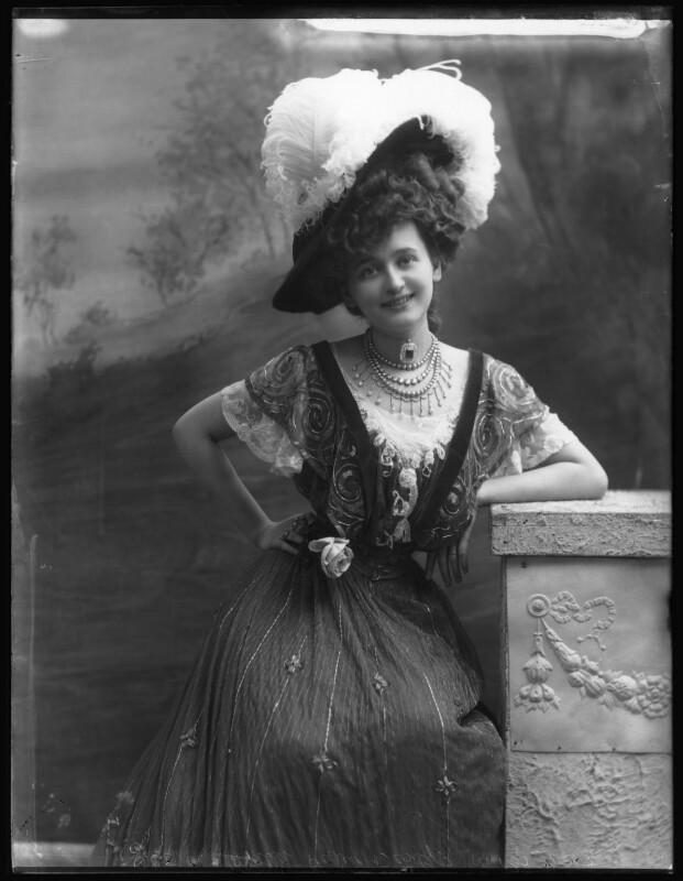 Gaby Deslys (Marie-Elise Gabrielle Caire), by Bassano Ltd, 1907 - NPG x101371 - © National Portrait Gallery, London