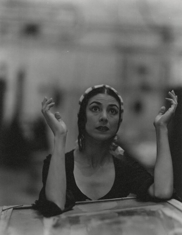 Margot Fonteyn, by Cecil Beaton, 28 October 1950 - NPG x14079 - © National Portrait Gallery, London