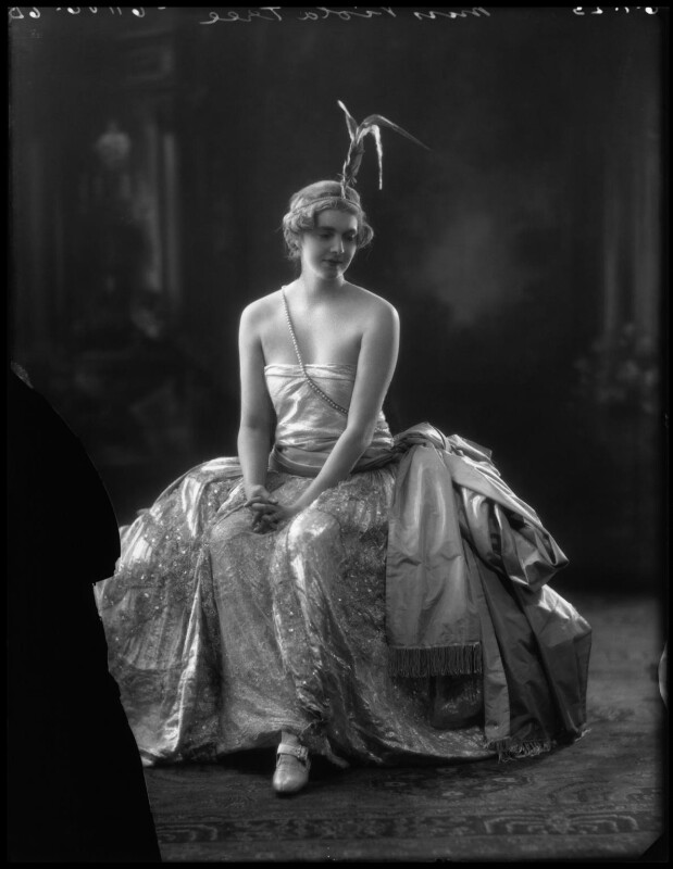 Viola Tree as Galtana in 'Arlequin', by Bassano Ltd, 6 January 1923 - NPG x34402 - © National Portrait Gallery, London