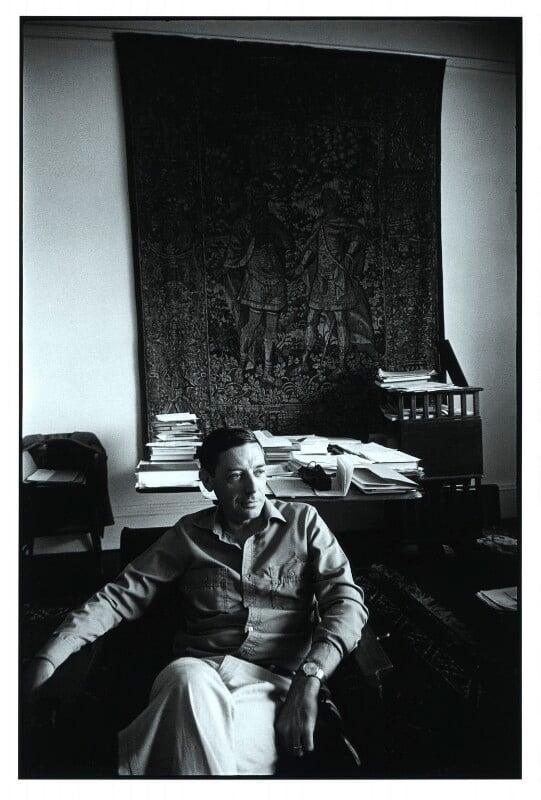 Bernard Arthur Owen Williams, by Geoff Howard, May 1978 - NPG x126098 - © Geoff Howard / National Portrait Gallery, London