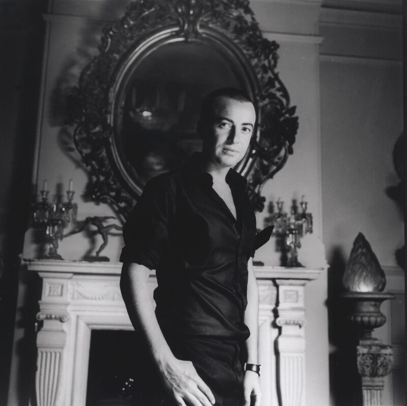 Julien Macdonald, by Laurence Cendrowicz, 17 May 2003 - NPG x126114 - © Laurence Cendrowicz / National Portrait Gallery, London