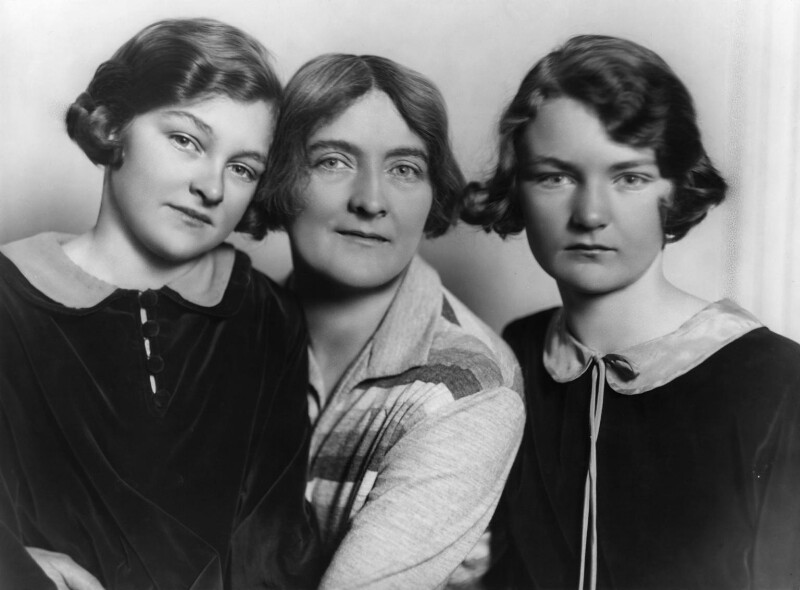 Mary Casson; Sybil Thorndike; Ann Casson, by Bassano Ltd, 4 August 1928 - NPG x19088 - © National Portrait Gallery, London
