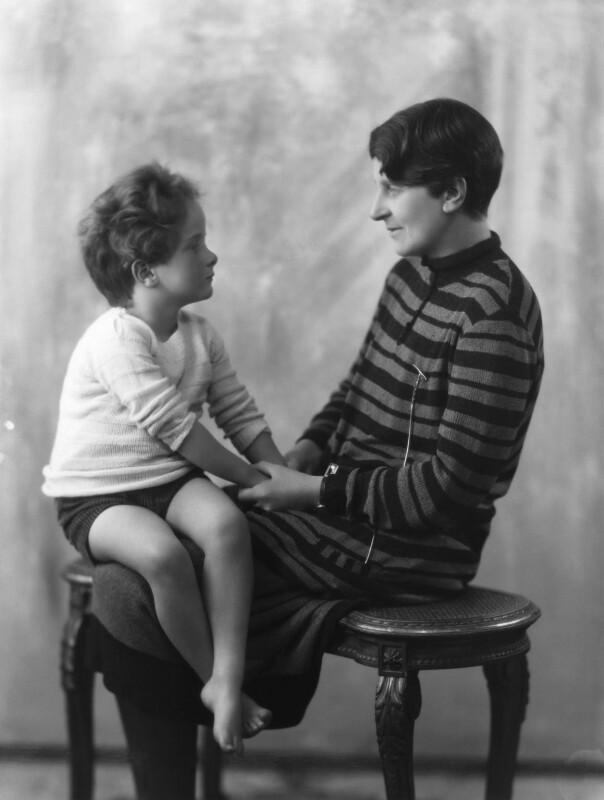 Wayland Hilton Young, 2nd Baron Kennet; Kathleen Scott, by Bassano Ltd, 10 March 1928 - NPG x19206 - © National Portrait Gallery, London