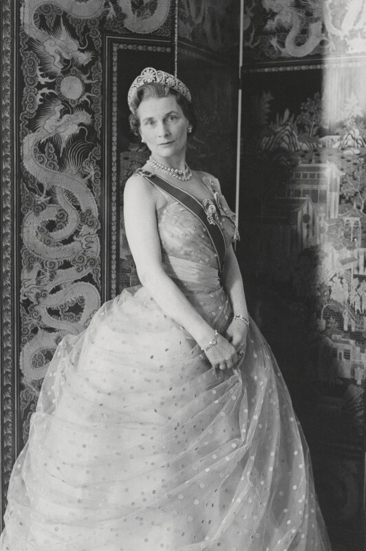 Princess Alice, Duchess of Gloucester, by Cecil Beaton, 1961 - NPG x35198 - © V&A Images