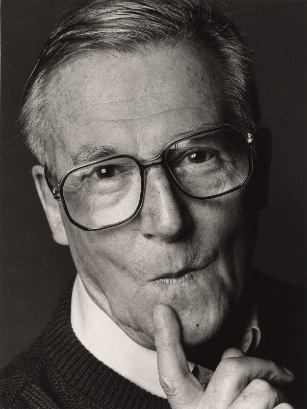Sir Hardy Amies, by Trevor Leighton, 1988 - NPG x35323 - © Trevor Leighton / National Portrait Gallery, London
