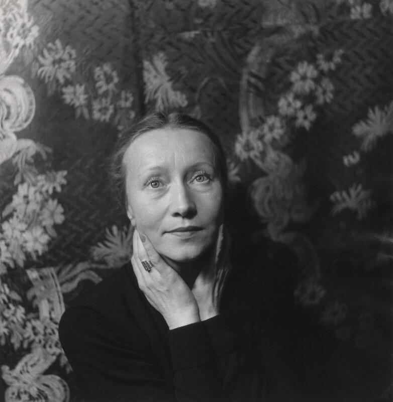 Galina Ulanova, by Cecil Beaton, 1956 - NPG x40390 - © Cecil Beaton Studio Archive, Sotheby's London