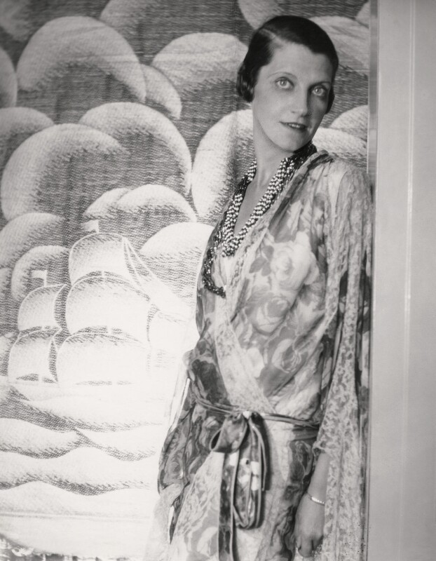 Daisy Fellowes, by Cecil Beaton, 1920s - NPG x40090 - © Cecil Beaton Studio Archive, Sotheby's London