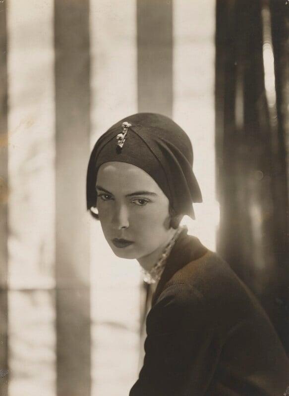Baba d'Erlanger, Princesse Jean-Louis de Faucigny-Lucinge, by Cecil Beaton, 1920s - NPG x40087 - © National Portrait Gallery, London