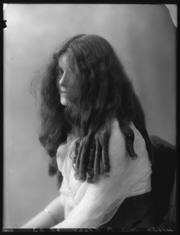 Renée Kelly, by Bassano Ltd, 2 August 1912 - NPG x101802 - © National Portrait Gallery, London