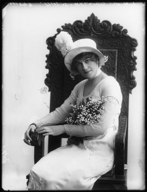 Shirley Kellogg (Mrs Albert de Courville), by Bassano Ltd, 1913 - NPG x101793 - © National Portrait Gallery, London