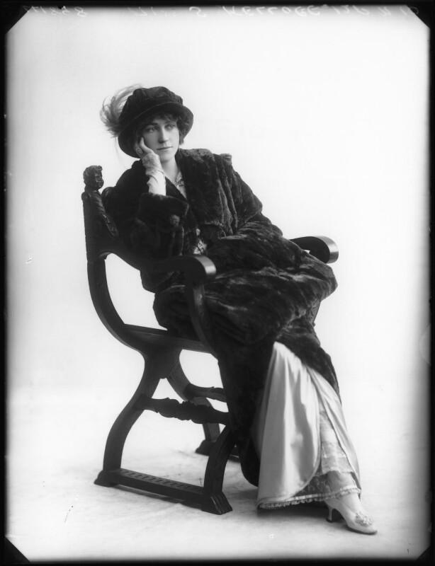 Shirley Kellogg (Mrs Albert de Courville), by Bassano Ltd, 1913 - NPG x101796 - © National Portrait Gallery, London