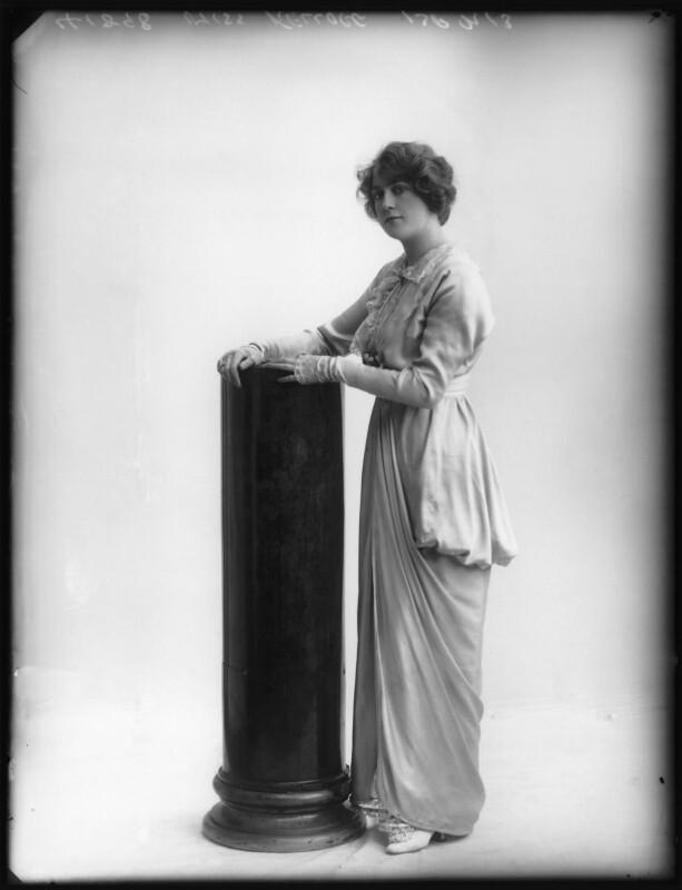 Shirley Kellogg (Mrs Albert de Courville), by Bassano Ltd, 1913 - NPG x101799 - © National Portrait Gallery, London