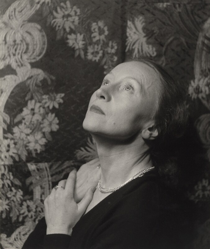 Galina Ulanova, by Cecil Beaton, 1956 - NPG x40389 - © Cecil Beaton Studio Archive, Sotheby's London