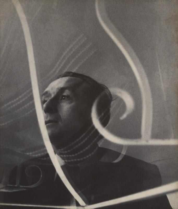 Pavel Tchelitchew, by Cecil Beaton, 1930s - NPG x40378 - © Cecil Beaton Studio Archive, Sotheby's London