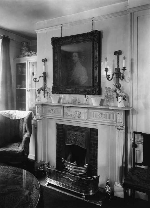 Gertrude Kingston, by Bassano Ltd, 24 October 1919 - NPG x18932 - © National Portrait Gallery, London