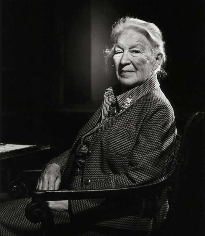 Dame Cicely Veronica Wedgwood, by Lucinda Douglas-Menzies, October 1987 - NPG x29873 - © Lucinda Douglas-Menzies / National Portrait Gallery, London