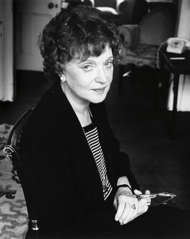 Dame Muriel Spark, by Stephen Hyde, 30 March 1984 - NPG x24944 - © Stephen Hyde / National Portrait Gallery, London