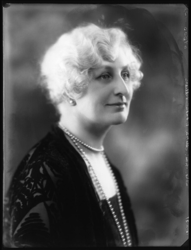 Hon. Elaine Augusta Villiers (née Guest, later Hon. Mrs Hunter), by Bassano Ltd, 18 November 1927 - NPG x124110 - © National Portrait Gallery, London