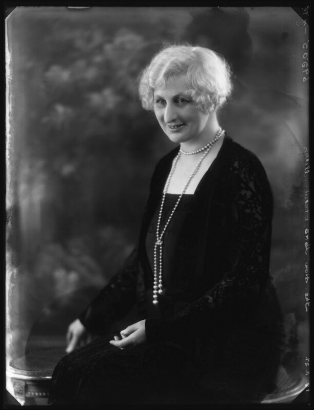 Hon. Elaine Augusta Villiers (née Guest, later Hon. Mrs Hunter), by Bassano Ltd, 18 November 1927 - NPG x124112 - © National Portrait Gallery, London